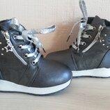 Зимние ботинки на девочек 23-28