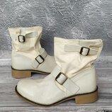 36-37р Кожа Новые Andre Франция,кожаные ботинки,полусапожки