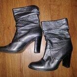 Стильные серебристые женские кожаные сапожки, полусапожки, ботильоны 39 р. Faith