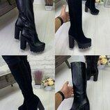 Высокие зимние женские сапоги на каблуке. Натуральная кожа