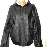 Мужская демисезоння куртка с капюшоном Zara Man, качественный кожзам, L-XL.