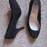 Туфли новые замшевые на шпильке и скрытой платформе DEBENHAMS