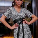 Красивое нарядное платье с модным принтом 1269