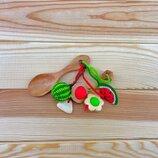 Грызунок-Ложка из можжевельника погремушка - арбуз
