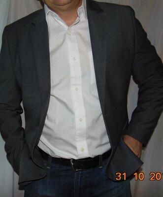 Стильний новий нарядний деловой пиджак бренд H&M.м-л .