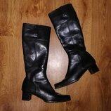 Красивые женские черны кожаные женские сапоги 40 р. Made in Italy Lea Soft