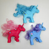 Пони единорог с крыльями My Little Pony