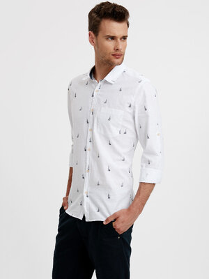 Белая мужская рубашка LC Waikiki / Лс Вайкики с принтом - парус