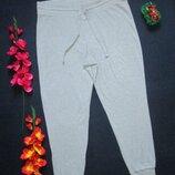 Классные трикотажные стрейчевые спортивные штаны серый меланж высокая посадка F&F.