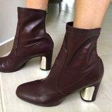 Продам кожаные ботинки Zara