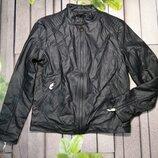 Крутая мужская курточка из кожзама стильная кожанка