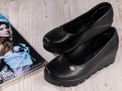 Туфли на тракторной подошве р.37