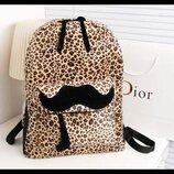 Стильный леопардовый рюкзак с усами