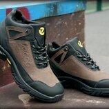 Кожаные зимние ботинки кроссовки ECCO теплые ноские