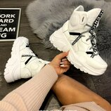 Моднячие зимние ботинки