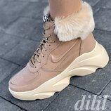 Ботинки женские зимние кожаные бежевые на толстой подошве, на платформе