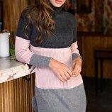 Теплый свитер-туника гольфом