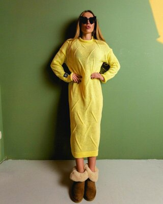 Стильное вязаное платье платье Birds