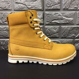 Зимние женские кожаные ботинки сапоги Timberland Распродажа последних размеров - 70 %