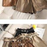 стильные женские шорты из искуссственой кожи