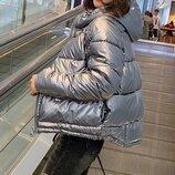 Женская куртка из качественной металлизированной плащевки