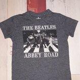 Стильная футболка Next The Beatles на 4-6 лет