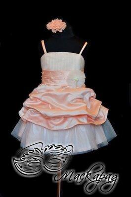 Нежное нарядное платье на рост 110 см 4-5 лет персикового цвета для девочки-девочки