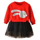 Стильное платье для маленьких модниц
