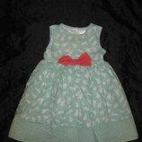 2-3 года, нежное пышное платье с милыми кроликами