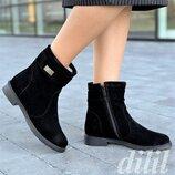 Ботинки женские зимние замшевые кожаные черные , полусапожки