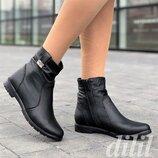 Ботинки женские зимние кожаные черные