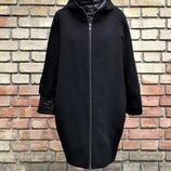 Комплект пальто с курткой от итальянского бренда Katia.g., цвет - черный.