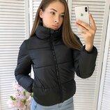 Женская короткая объемная куртка дутик черная