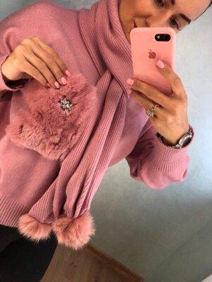Скидка 10% Теплый свитер с шарфом укранен мехом кролик