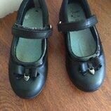Кожаные туфельки Clarks р.28