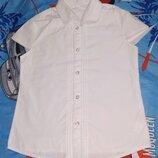 Школа Белая блузка F&F блуза Красивая В очень хорошем состоянии Хорошая блузка. Цвет белый чистый