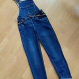 Фирменные джинсы на подтяжках р.126 и джинсовая рубашка