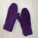 Велюровые варежки рукавицы ручной работы темно-фиолетового цвета