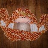 Стильная шапка жираф три в одном шарф варежки