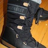 38 разм. Зимние сапоги Tecnica moon boot waterproof. Оригинал, внутри шерсть Длина по внутренней с