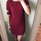 Шикарное бордовое платье с вырезом на рукавах М