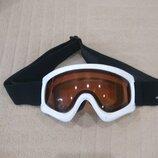 3-8 л. Продам в отличном состоянии,фирменные Speed, лыжные очки,маску.