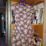 Продам красивое летнее платье на девушку 42-46 р.