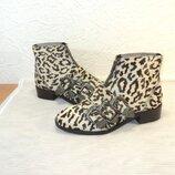 Эксклюзивные ботиночки с натурального меха нерпы от Asos , р 37,5 24,5 см