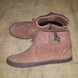 40р-26 см новые ботинки Ugg Australia