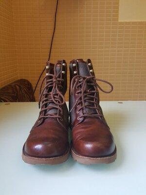 Стильные демисезонные мужские ботинки Ugg
