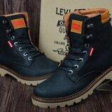 Мужские кожаные зимние ботинки Levis чер