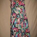 Яркое платье Soon р-р14,