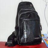 Кожаная сумка рюкзак.