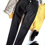 Суперстрейчевые джинсы c высокой посадкой от Mark's and Spencer.